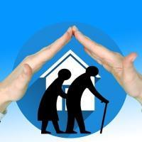 Основания для назначения компенсации по ЖКХ пенсионеру