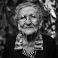 Какие нужны документы для оформления ухода после 80 лет возраст ухаживающего