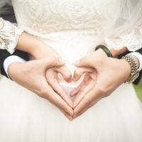 Какая материальная помощь в университете если выходишь замуж